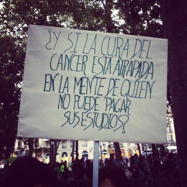 Pancarta realizada por una estudiante de 15 años